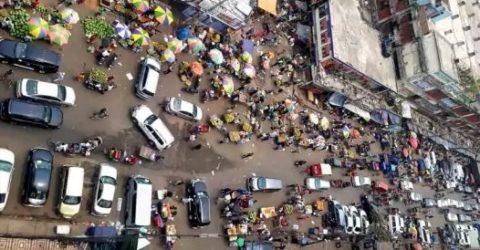 রাজধানীর কারওয়ান বাজারে খুচরা বেচাকেনা বন্ধ